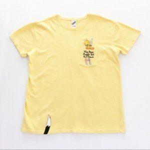 90s Vintage Tweety Embroidered Pocket Tee Shirt M